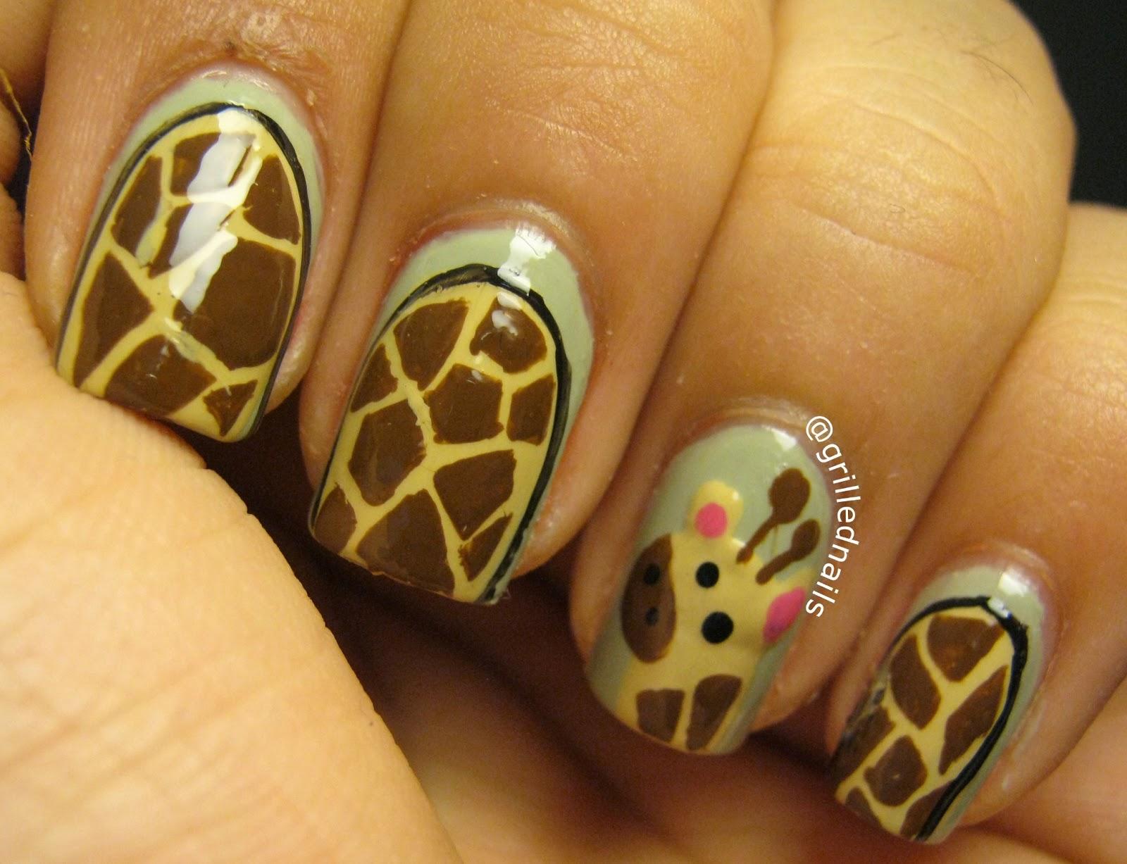 Cute Giraffe Nail Art