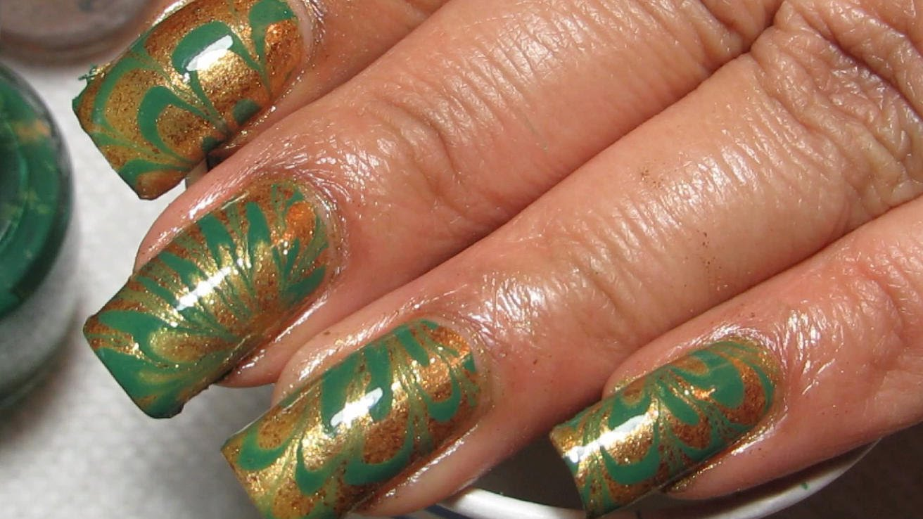 Try This Stunning Green Gold Water Marble Nail Design