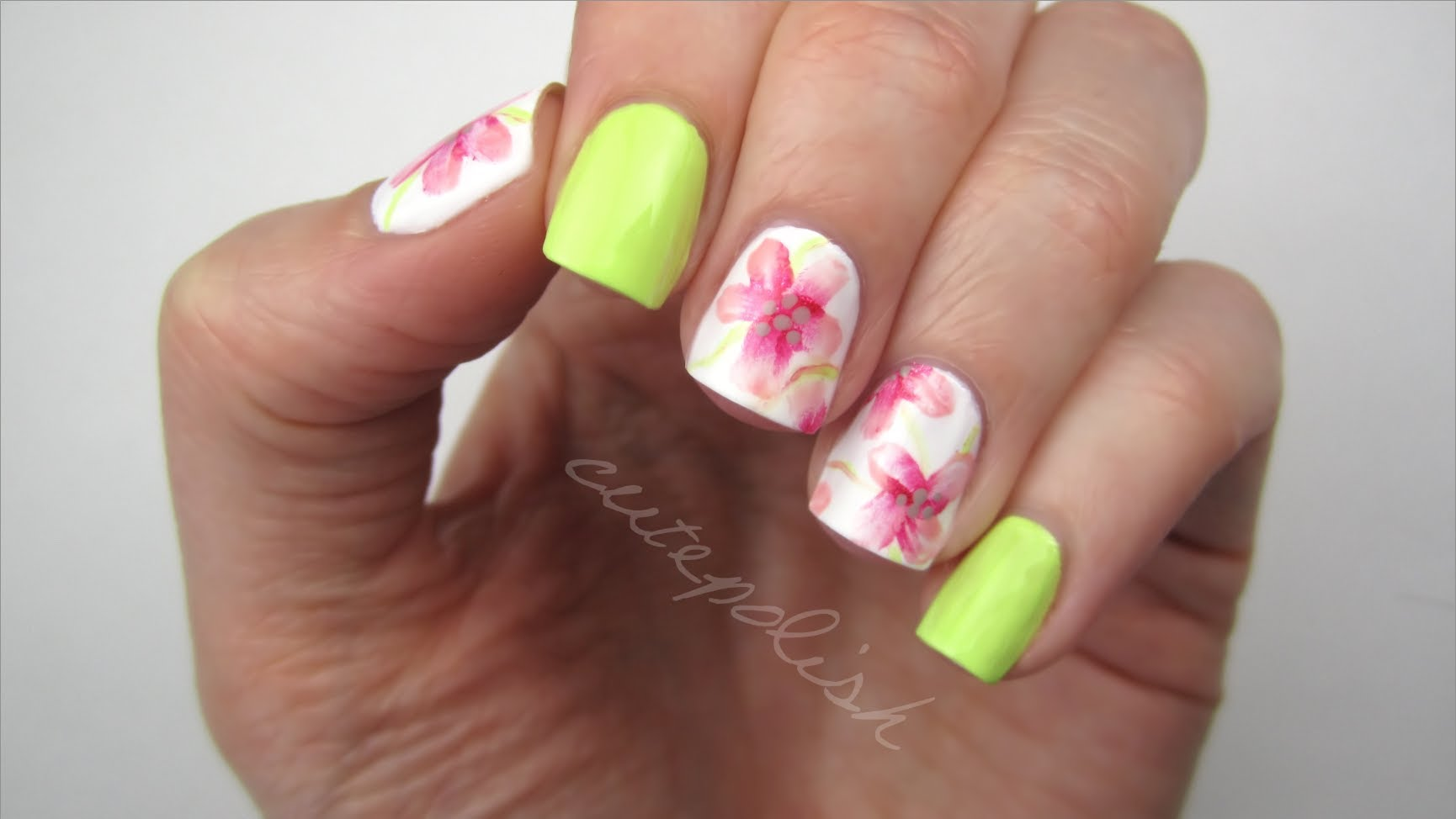Watercolor Flower Nails