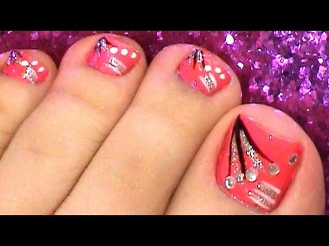 Leave Your Toe Nails Looking As Beautiful Finger With This Pretty Nail Art Design
