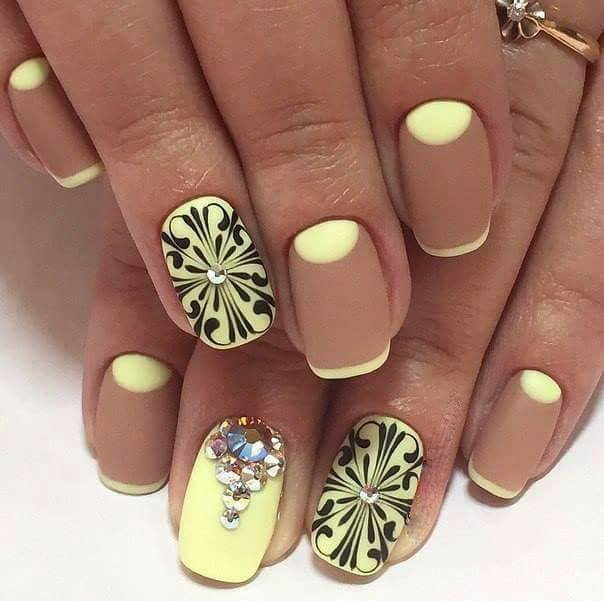 - 10 Mind-Blowing Celebrity Nail Art Designs That You Will Want NOW !